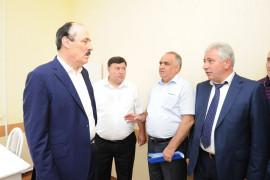 Глава Республики Дагестан Рамазан Абдулатипов в Хивской ЦРБ